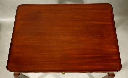 Louis XV cabaret table in solid mahogany - Bordeaux XVIIIth -