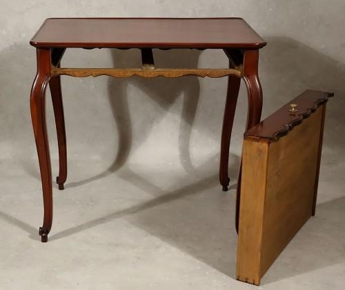 Louis XV - Louis XV cabaret table in solid mahogany - Bordeaux XVIIIth
