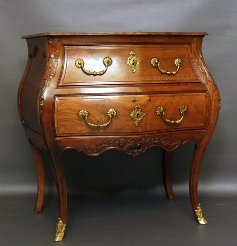 "Rare small Louis XV ""commode de port"" - Bordeaux 18th"