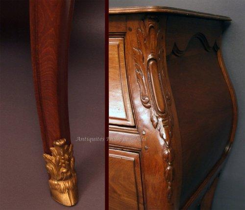 """Rare small Louis XV """"commode de port"""" - Bordeaux 18th -"""