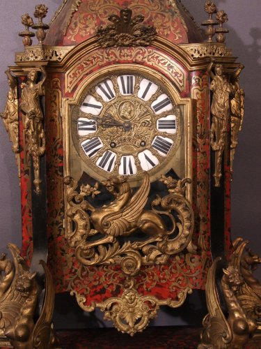 Clocks  - Very high pendulum or cartel in Boulle marquetry - brass and tortoiseshell