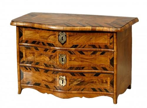 "Chest of drawers ""de maîtrise"" of the 18th century in Coromandel"