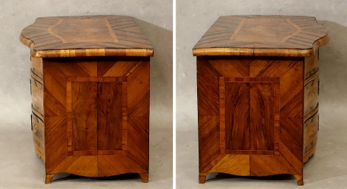 "Antiquités - Chest of drawers ""de maîtrise"" of the 18th century in Coromandel"