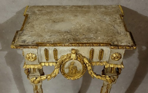 Louis XVI - Small neoclassical console table - Piedmont 18th century