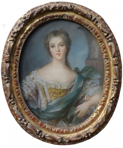 Portrait of a young woman - Pastel and its 18th century frame