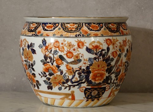 Chinese Imari fish basin - Asian Works of Art Style