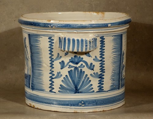 Orange tree planter - Nevers early 18th century - Porcelain & Faience Style Louis XIV