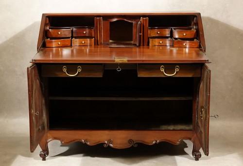 Louis XV - Bureau de pente in solid mahogany - Nantes 18th century