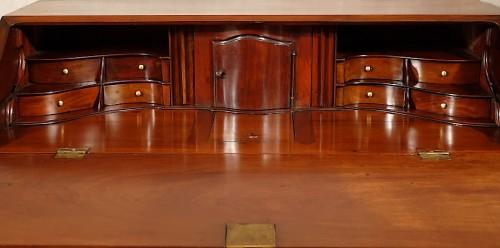 Antiquités - Bureau de pente in solid mahogany - Nantes 18th century