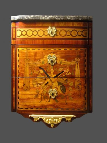 Furniture  - Louis XVI period chest of drawers