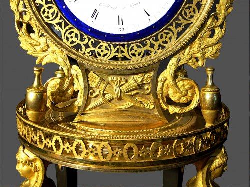 19th century - Ormolu mounted clock