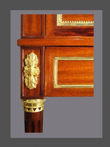 A Louis XVI Cabinet secretary -