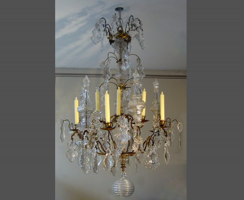 Ten-light chandelier