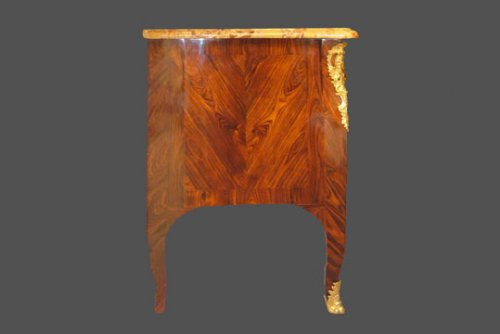 Louis XV Commode - Furniture Style Louis XV