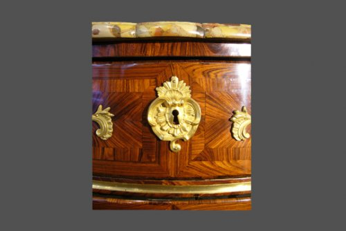 18th century - Louis XV Commode