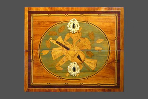 Louis XVI period Commode - Furniture Style Louis XVI