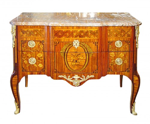 Commode marquetée d'époque Transition