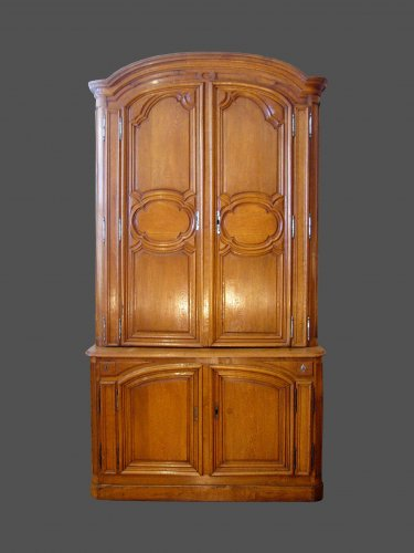 Buffet in two parts in solid oak xviiith century