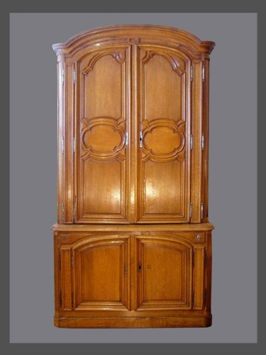 Buffet in two parts in solid oak xviiith century - Furniture Style French Regence