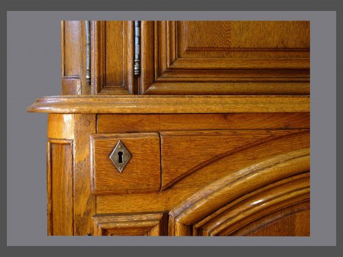 18th century - Buffet in two parts in solid oak xviiith century