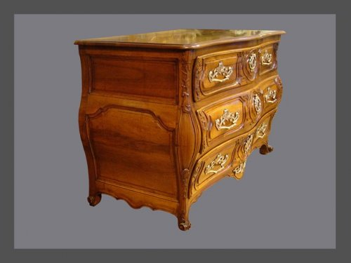 18th century chest of drawers, lyons  -