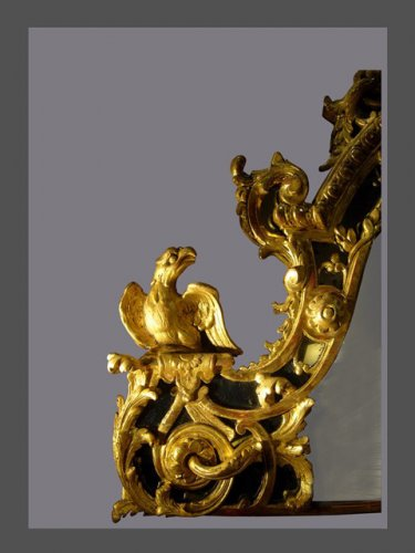 Mirrors, Trumeau  - A french Regence giltwood mirror