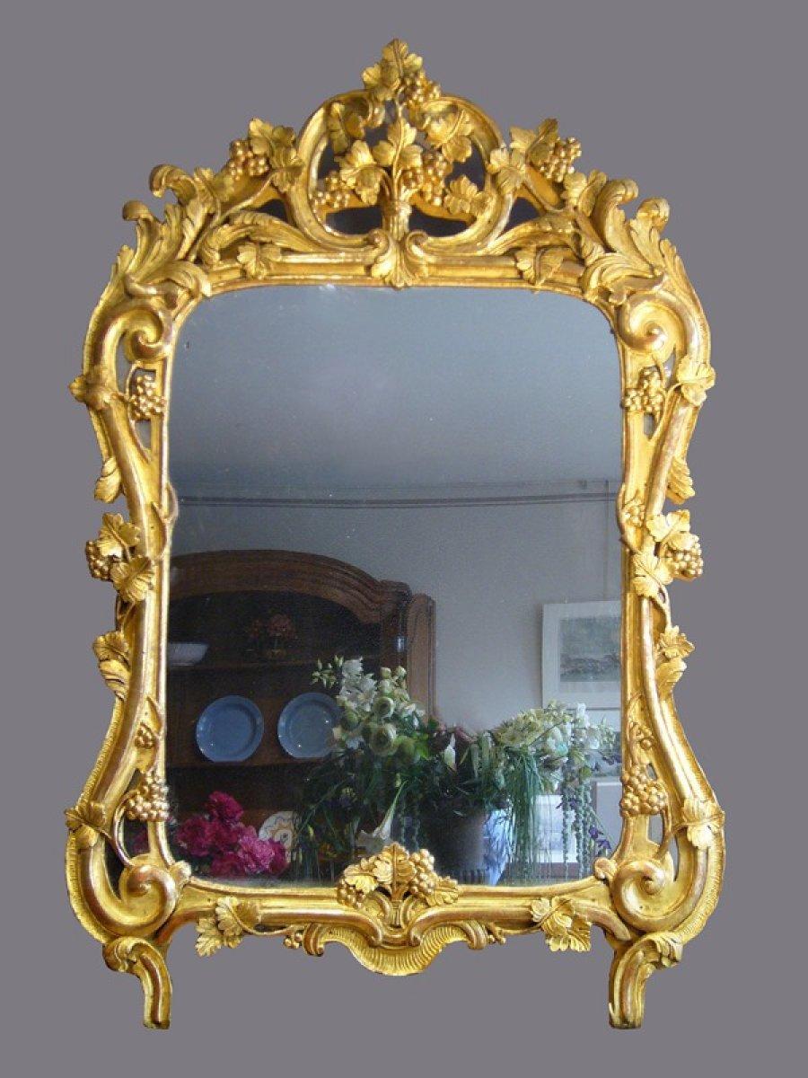 Miroir proven al en bois dor d 39 poque louis xv xviiie for Miroir louis xv