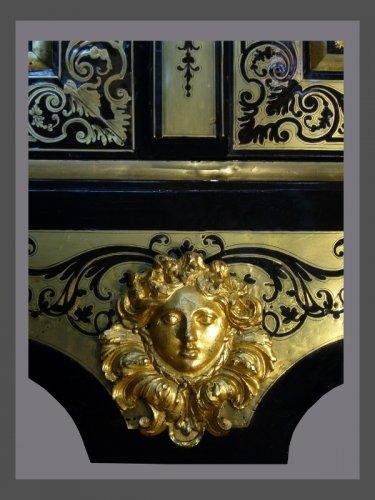 Antiquités - Bibliothèque d'époque Louis XIV estampillée Nicolas SAGEOT