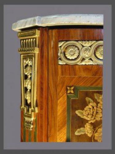 Furniture  - Paire of Louis XV Encoignures, stamped FOUREAU