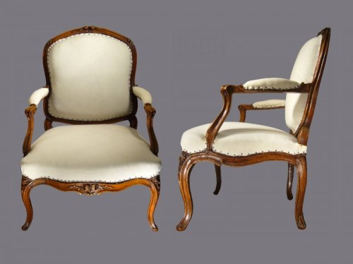A pair of Louis XV violin-shaped Armchairs