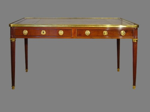 French Louis XVI Bureau stamped by Etienne AVRIL