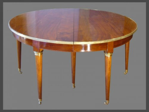 Antiquités - 18th Century  dining Table by Georges JACOB