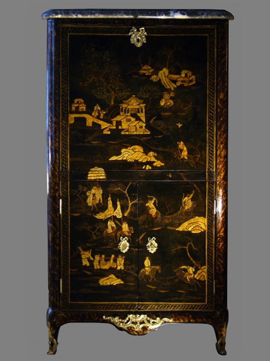 a louis xv chinese lacquer secretaire. Black Bedroom Furniture Sets. Home Design Ideas