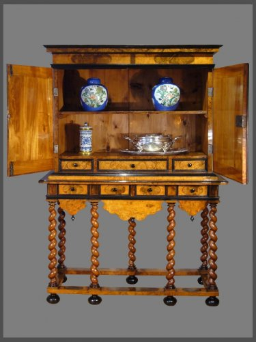 Cabinet-on-Stand, by Thomas HACHE - Furniture Style Louis XIV