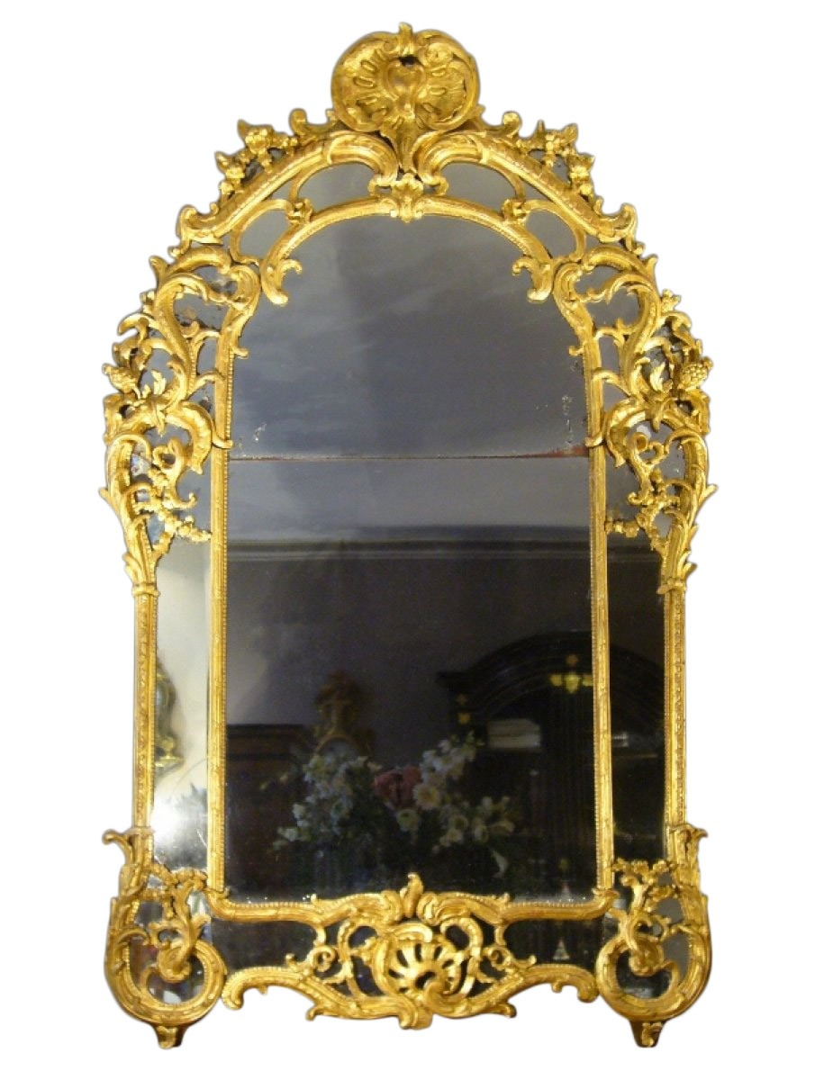 Miroir parecloses en bois dor d 39 poque premi re moiti for Miroir xviii