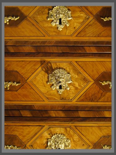 A French Louis XIV Period Commode, attributed to Thomas HACHE -