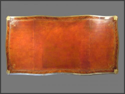Louis XV ormolu-mounted Desk by CRIARD -
