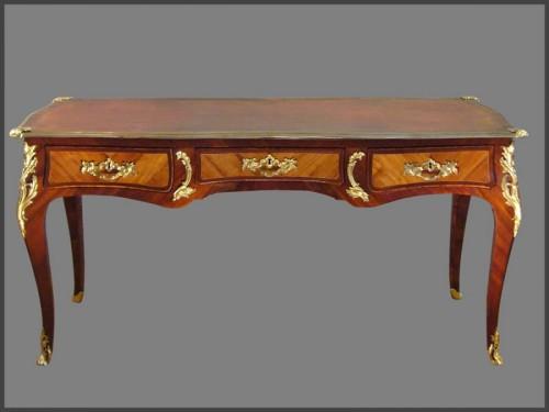 Louis XV ormolu-mounted Desk by CRIARD - Louis XV