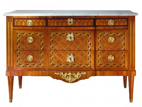 Louis XV Commode stamped by JP. DUSAUTOY