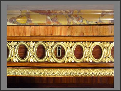 Louis XVI Console Desserte stamped RVLC - Louis XVI