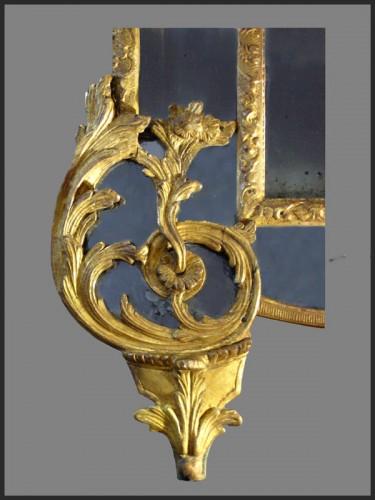 Regence Period giltwood Mirror -