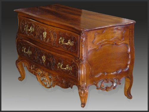 18th Century French Provence Commode - Furniture Style Louis XV