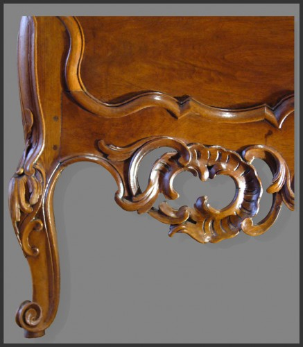 Louis XV - 18th Century French Provence Commode