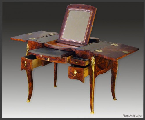 Louis XV Coiffeuse, by Antoine Mathieu CRIARD - Furniture Style Louis XV