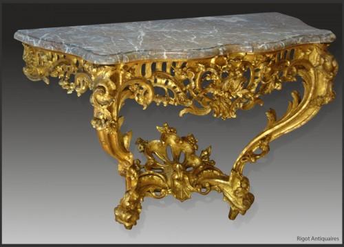 Louis XV Period giltwood Console - Louis XV