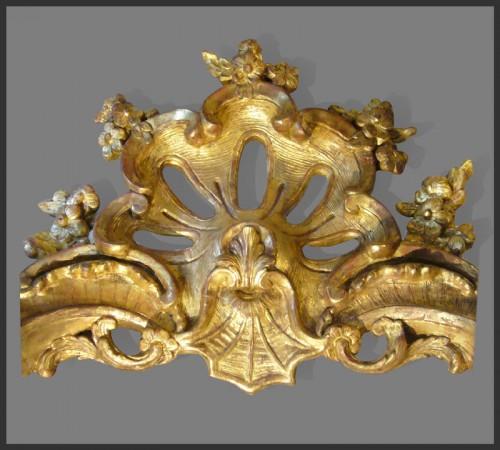 Louis XV - Louis XV Period giltwood Console