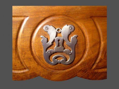 Antiquités - Provencal wedding cabinet