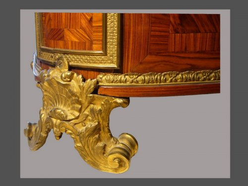 Antiquités - Louis XIV period chest of drawers