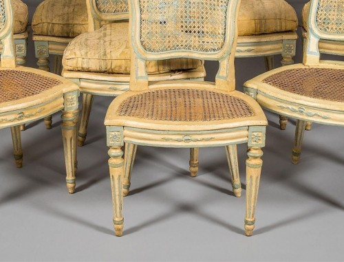 Louis XV - A Suite of eight Louis XV Caned Chairs