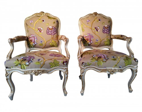 A Louis XV pair of armchairs, Attributed Gourdin 18th century circa 1750.